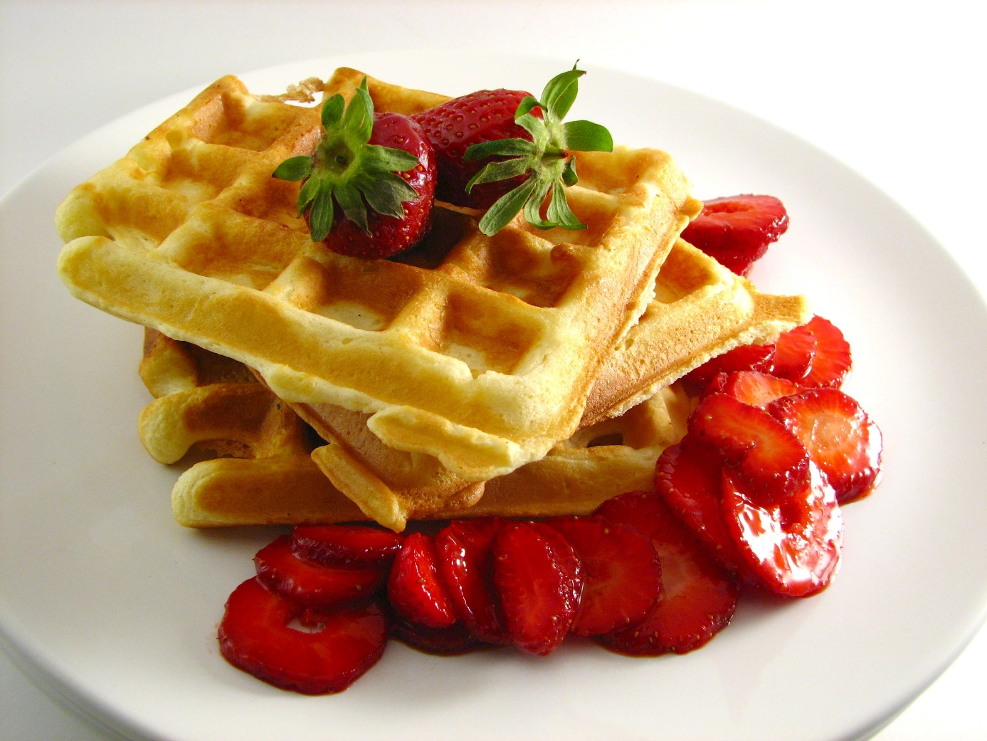Valentine's Day breakfast – waffles with strawberries
